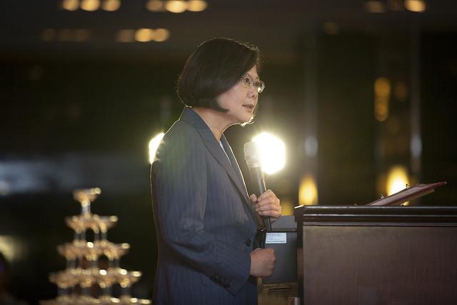 總統:推動臺灣整體產業轉型,會計師是不可或缺的角色,一起邁向多元全球布局。
